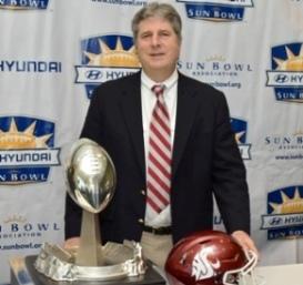 Mike Leach 2015, Sun Bowl 2015, Mike Leach Sun Bowl, Sun Bowl Trophy, Sun Bowl Trophy 2015