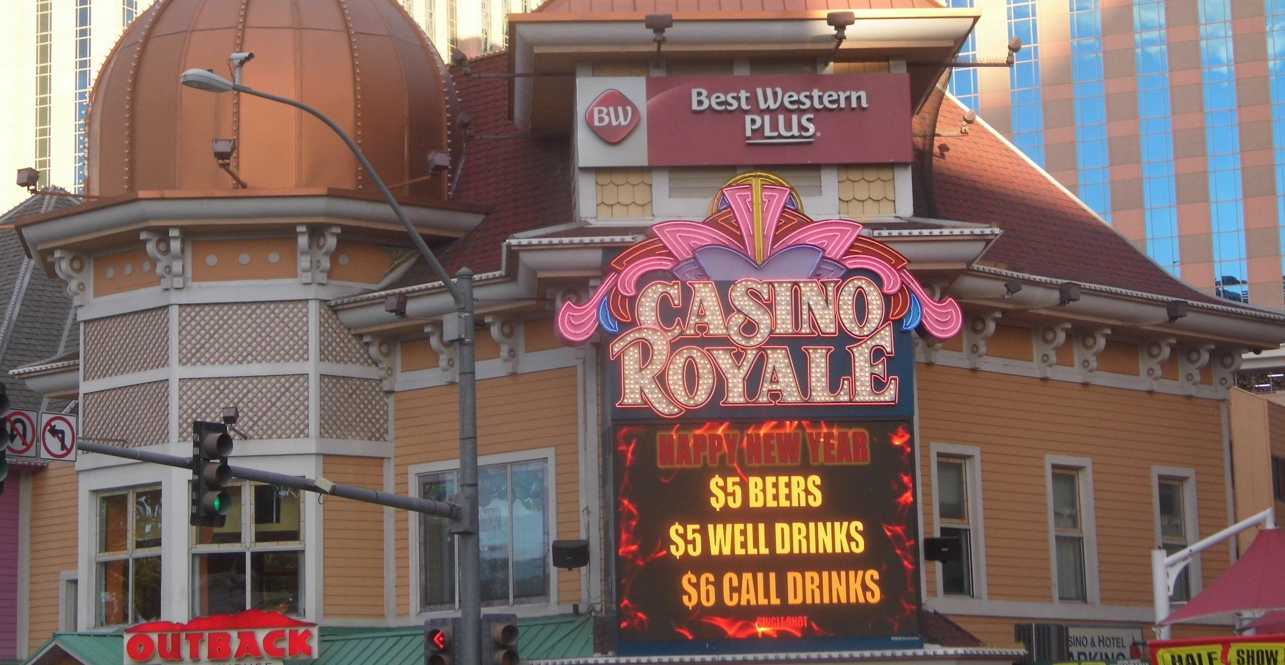Casino Royale Hotel and Casino 2019, Casino Royale Hotel and Casino, Casino Royale Hotel and Casino, Las Vegas 2018, Las Vegas 2019, Smallest Casino on Las Vegas Strip, Casino Royale Hotel and Casino