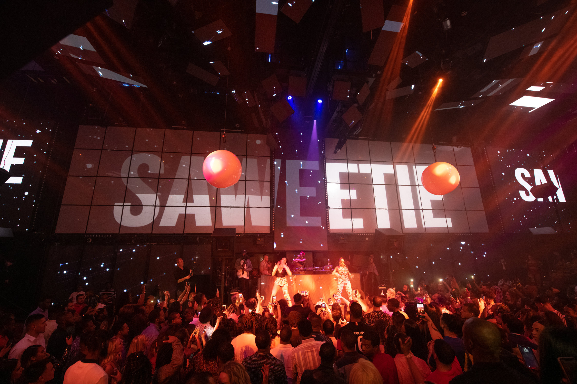 Entertainment News 2019, Las Vegas, Las Vegas 2019, Las Vegas Entertainment Scene 2019, Las Vegas Entertainment Shows 2019, Las Vegas News 2019, News 2019, Rapper Saweetie The Light, Saweetie at The Light October 19th, Saweetie Las Vegas 2019, Saweetie The Light 2019, The Light Saweetie 2019