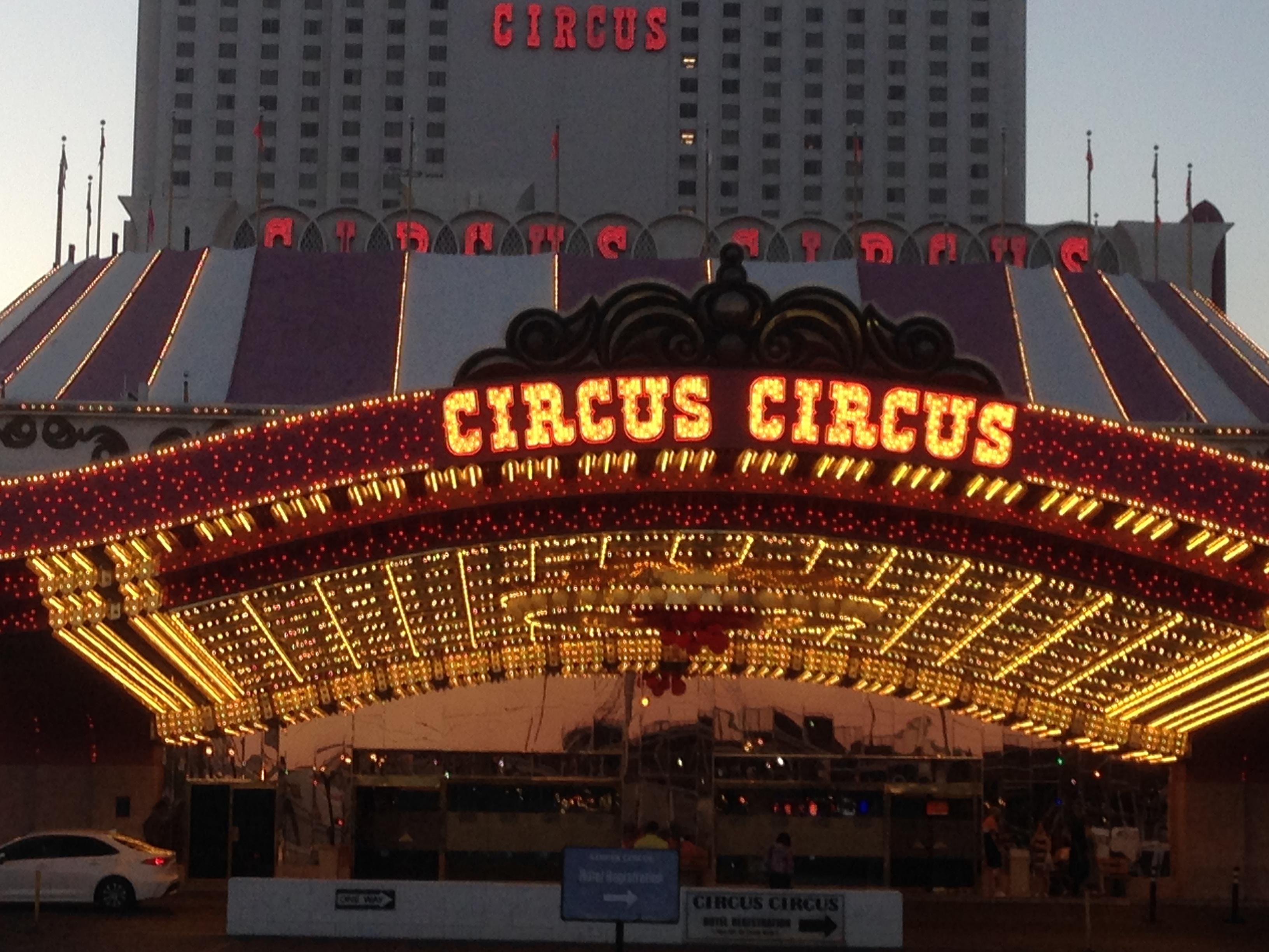 Circus Circus 2019, Circus Circus Light Up Sign, Circus Circus Lights 2019