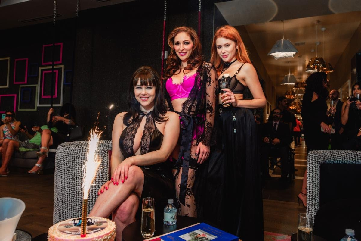 Claire Sinclair 30th Birthday Party, Claire Sinclair 2021, Claire Sinclair Birthday Party