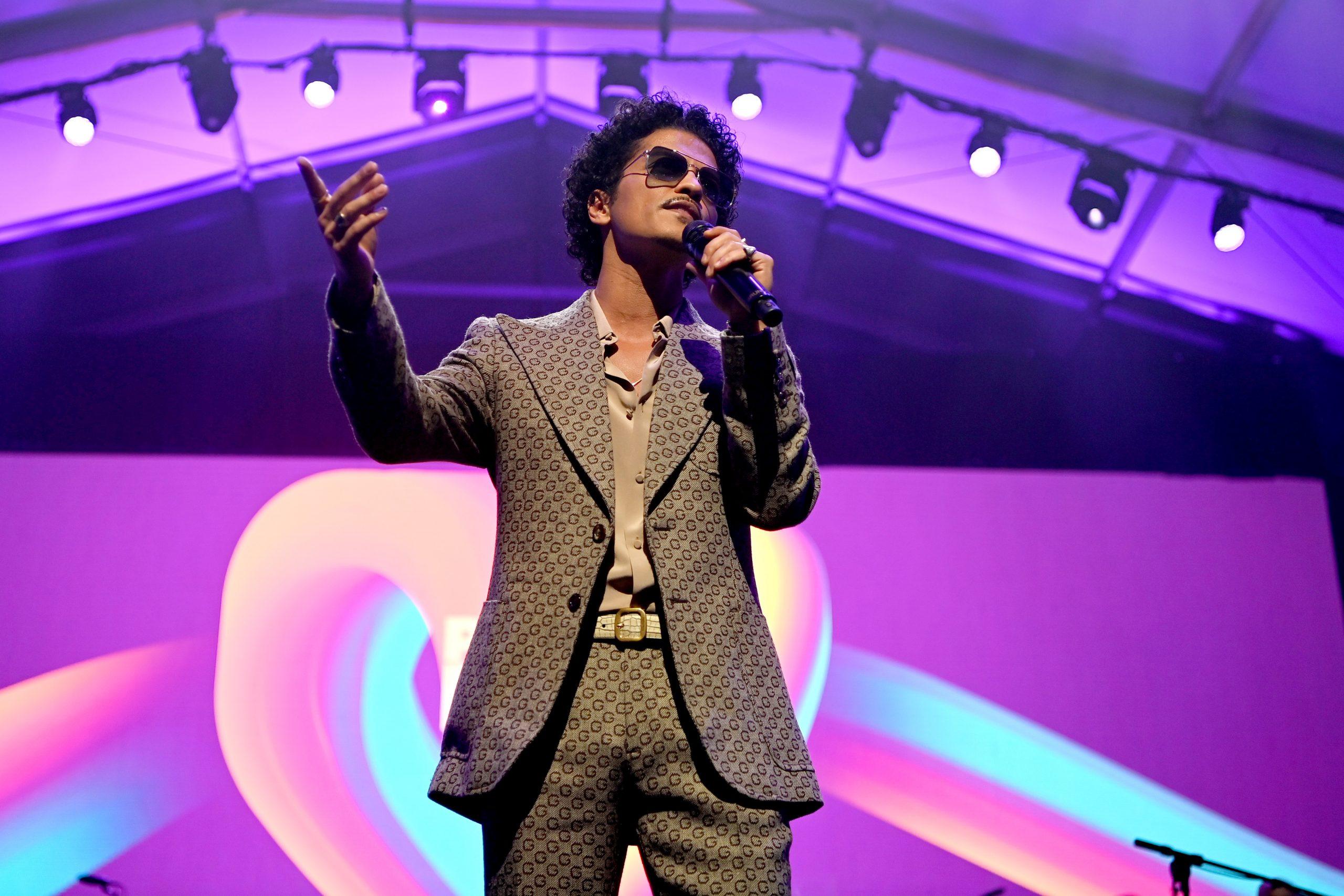 Bruno Mars 2021, Bruno Mars Power of Love Gala