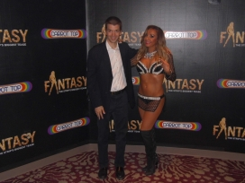 With Singer and Host of the Las Vegas Show Fantasy, Lorena Peril